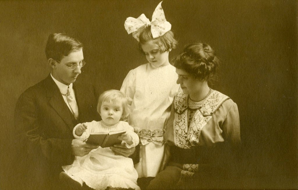 William Mallory with his wife, Mary, daughter, Stella Irene, and son, Robert.