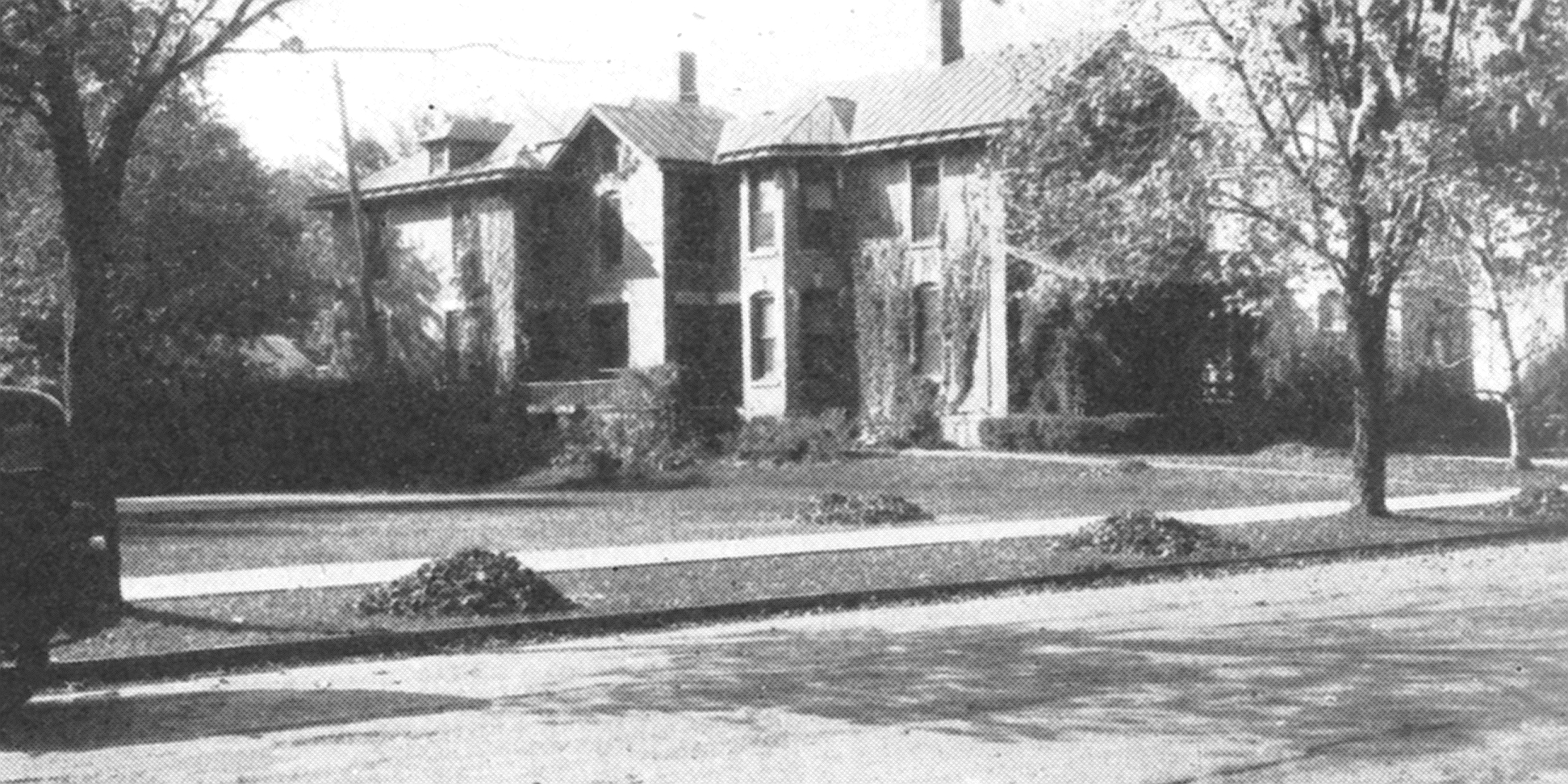 Historic photo of Churchill Cottage